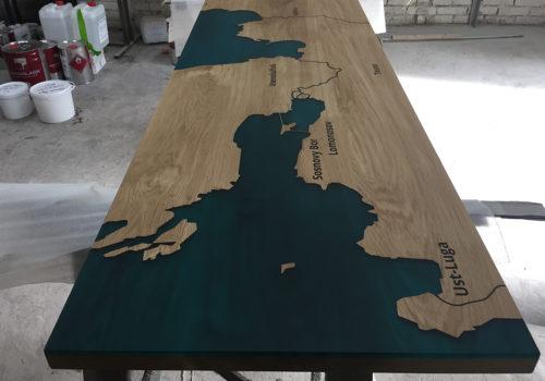 Стол-река с полимером и изображением карты | Lumber Jack Спб